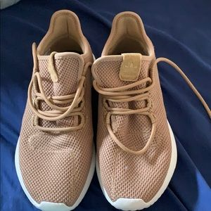 Like gold mesh Adidas running sneakers size 6.5Y